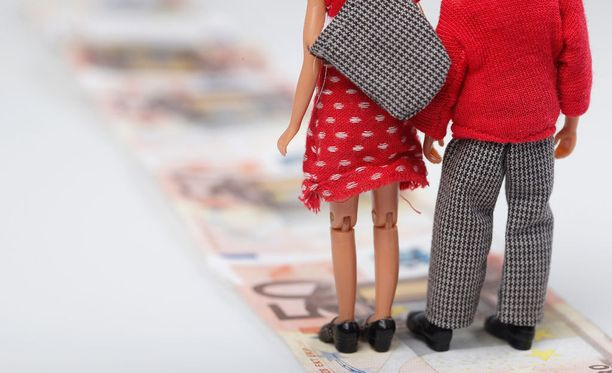 Perheenyhdistämistä koskevaan lakiin kaavaillut muutokset ovat herättäneet vilkkaan keskustelun lain vaikutuksista.