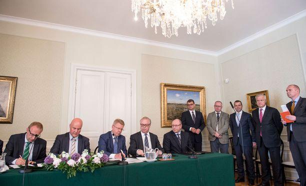 Talousjohtajat tyrmäävät kilpailukykysopimuksen.