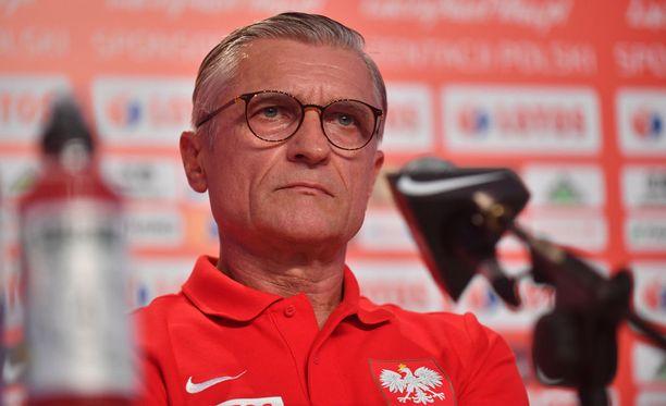 Adam Nawalka ei saanut luotsattua Puolaa jatkopeleihin MM-kisoissa.
