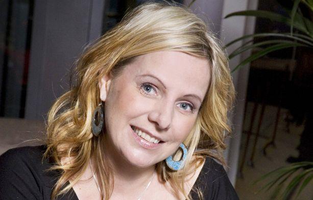 SATTUMA Susan Ruusunen tapasi pääministeri Matti Vanhasen sähköpostikumppanin Drita Lulicin sattumalta tämän työpaikalla.