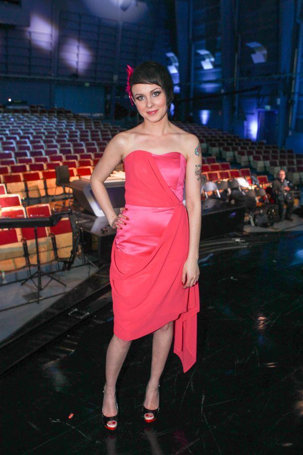 Susanna Erkinheimo tuli Idolsissa vuonna 2012 toiselle sijalle.