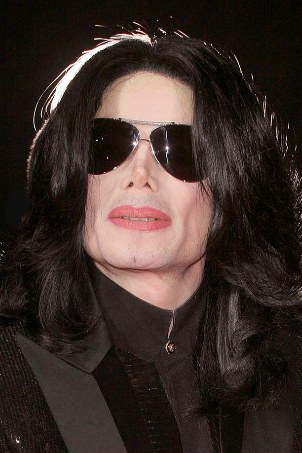 Michael Jackson valokuvattuna vuonna 2006 Lontoossa.