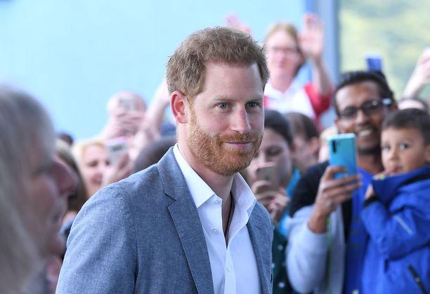 Prinssi Harry vieraili Oxfordin lastensairaalassa.