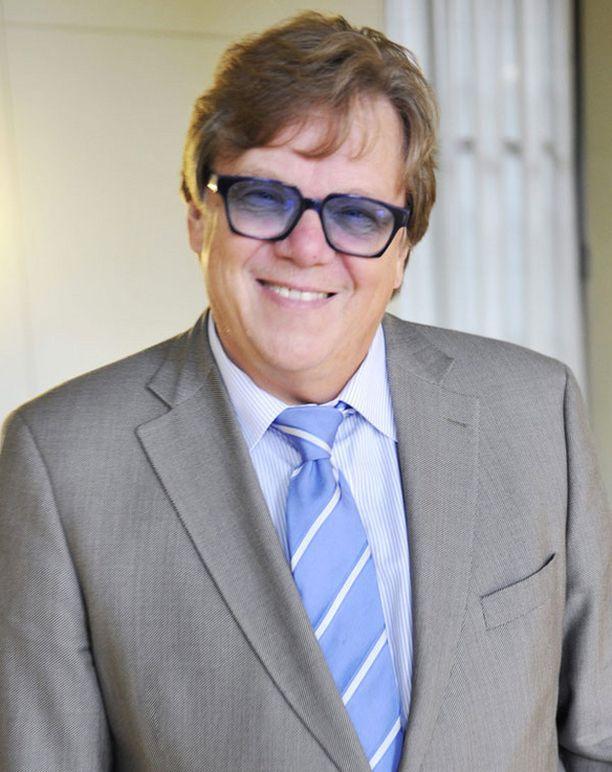 Kansanedustaja Mikko Alatalo syksyn ensimmäisessä eduskunnan täysistunnossa vuonna 2009.