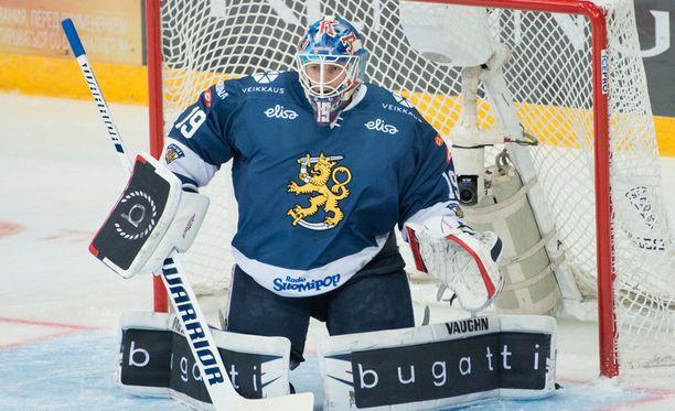 Mikko Koskinen joutui antautumaan kahdesti heti ottelun alussa.