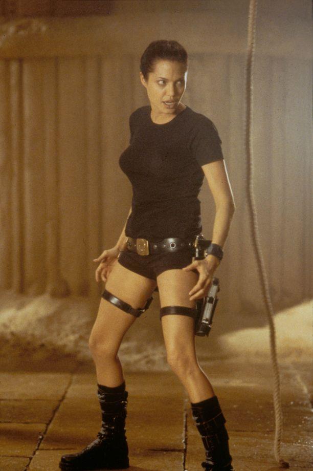Angelina Jolie toi Lara Croftin valkokankaille.