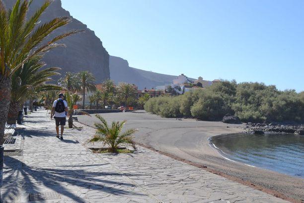 Turistit ovat kaikonneet La Gomeran luonnonkauniilta saarilta.