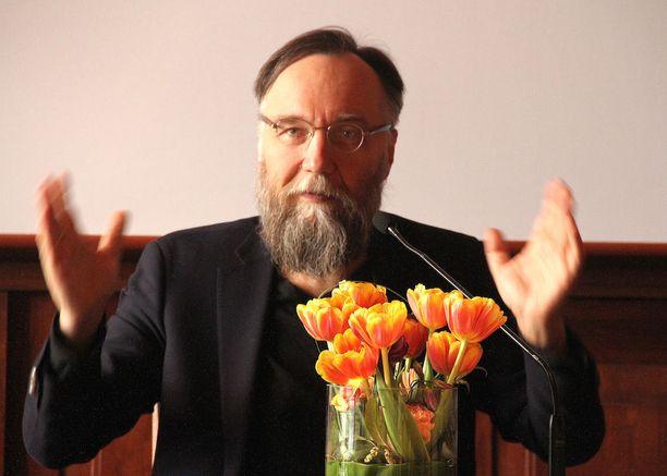 Aleksandr Duginin mukaan lännen on pakko löytää itselleen väkisin vihollinen idästä.