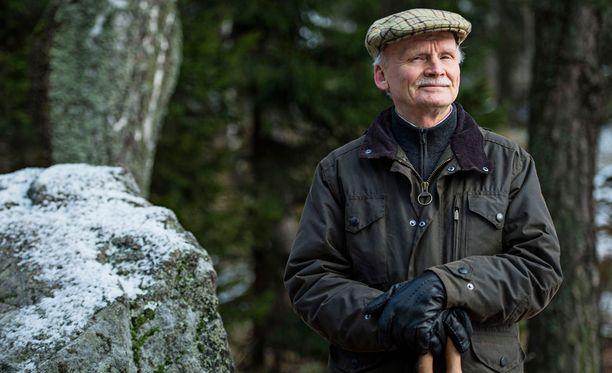Korkeasaaren eläintarhan entinen johtaja Seppo Turunen suosittelee ihmisille mieluummin tutustumista eläimiin luonnossa kuin ottamalla lemmikkejä ahtaisiin kaupunkiasuntoihin.
