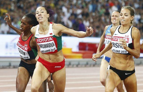 Marina Arzamasova voitti Pekingissä 800 metrin MM-kultaa.