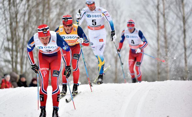 Ruotsalaisittain kipeän tuttu näky alkukaudelta: norjalaiset ovat dominoineet latuja.