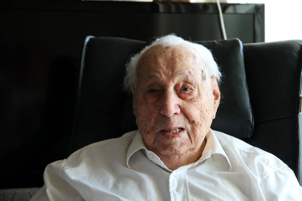 105-vuotias sotaveteraani Salomon Altschuler taisteli sekä venäläisiä että saksalaisia vastaan toisessa maailmansodassa.