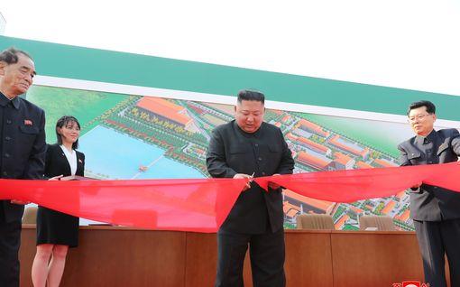 Kim Jong-un palasi julkisuuteen – avasi lannoitetehtaan