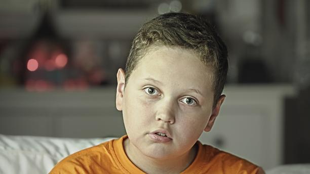 Eric ymmärtää olevansa erilainen kuin muut, mikä tekee äidin mukaan kaikesta vielä vaikeampaa.