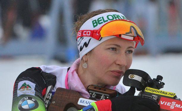Darja Domratsheva kiilasi mc-johtoon.