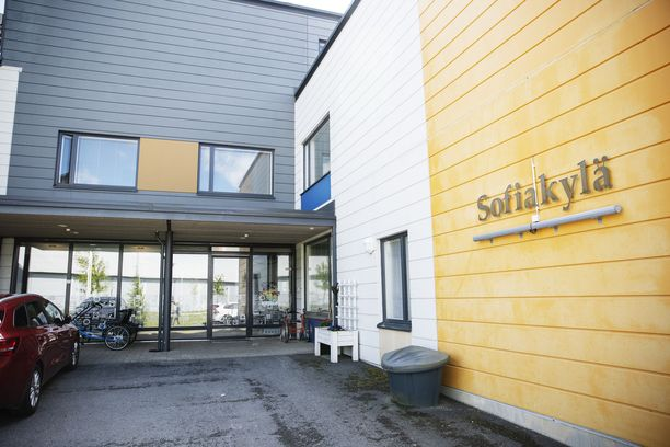 Sofiakylässä panostetaan kodinomaisuuteen ja siihen, että kunkin asukkaan toiveet ja tahto tulevat kuulluiksi.