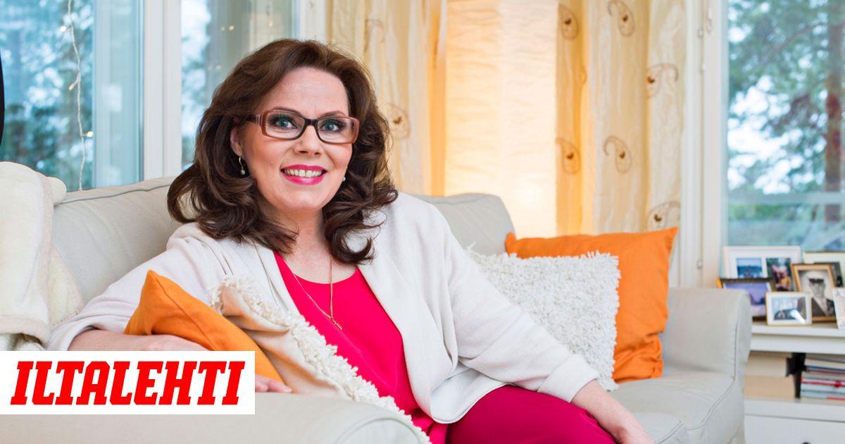 IS  Nina Mikkonen raha-ahdingostaan - omakotitalosta itähelsinkiläiseen  vuokrahuoneistoon 184ff16401