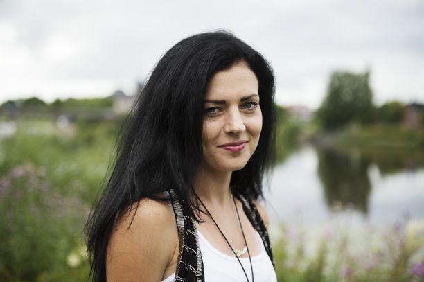 Juoksija Kristiina Mäki on syntynyt Suomessa, mutta asunut 3-vuotiaasta lähtien Tshekissä. Hän edustaa Jana-äitinsä kotimaata.
