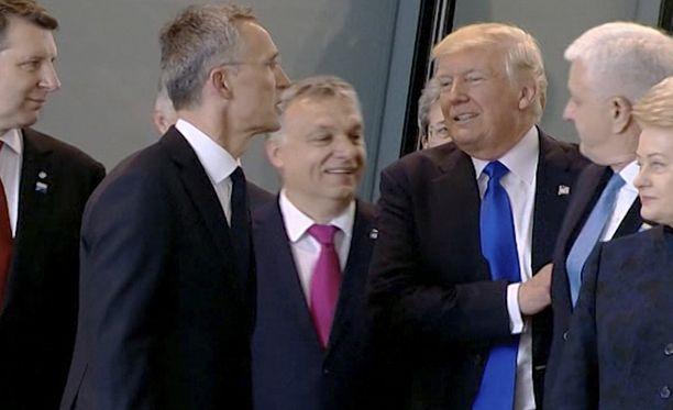Yhdysvaltain presidentti on aina eturivissä, sai Montenegron pääministeri huomata.
