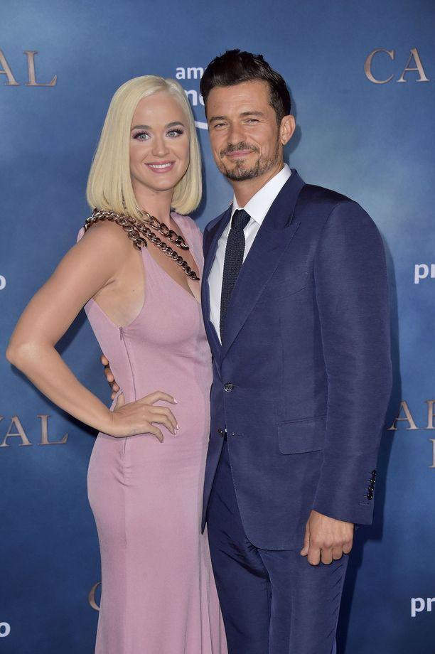 Katy Perry ja Orlando Bloom lilluvat parhaillaan vauvakuplassa.