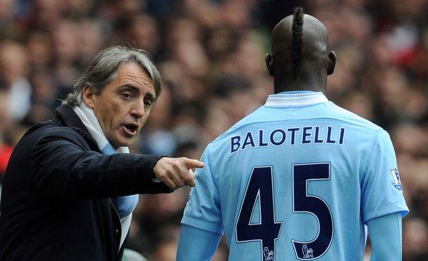 Mario Balotelli ei ole aina kuunnellut Roberto Mancinia.
