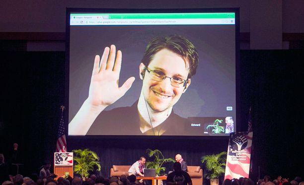 Moskovassa maanpaossa asuva Edward Snowden esiintyi videolähetyksessä Havaijilla vuoden alussa.