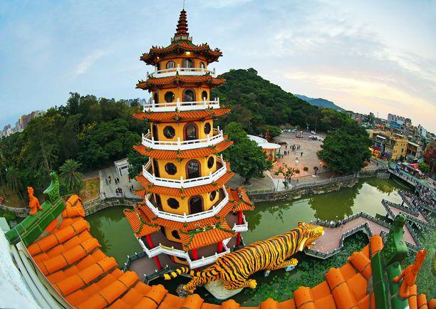 Kaohsiungista löytyy myös perinteisempää arkkitehtyyria.