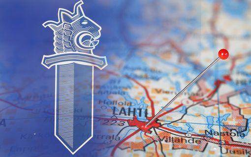 """Vankikarkuri löytyi huumekuskin kyydistä Lahdessa, Heinolassa poliisia työllisti 196 euron """"juoksutaksi"""""""