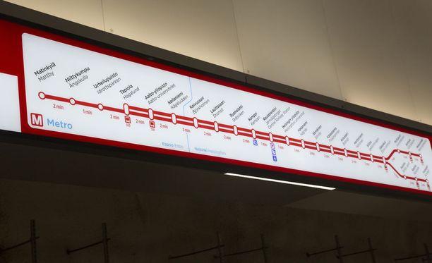 Metroliikenteessä saattaa esiintyä epäsäännöllisyyksiä keskiviikkoillan aikana.