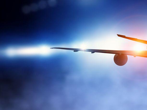 Useat lentäjät kertoivat nähneensä heidät kovalla nopeudella ohittaneen kohteen varhain viime perjantaina. Kuvituskuva