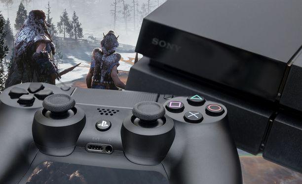 Playstation yhteisö palkitsi Horizon Zero Dawn -pelin vuoden parhaana.
