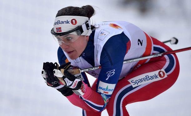 Heidi Weng jäi pois Norjan maajoukkueen Italian-leiriltä.