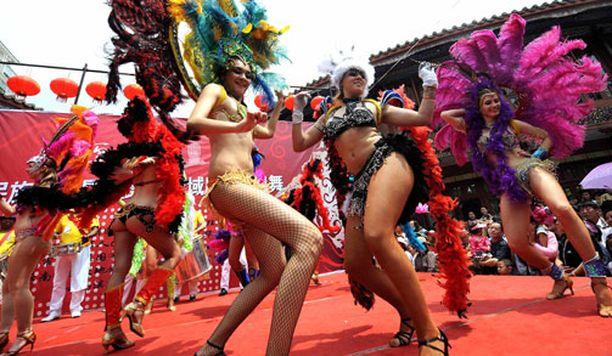 Eksoottiset brasilialaiskaunottaret olivat yhtä suosittuja kuin Venäjän naiset.