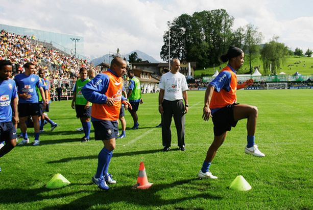 Brasilian treenit keräävät Sveitsissä enemmän yleisöä kuin keskiverto Veikkausliigan ottelu Suomessa.