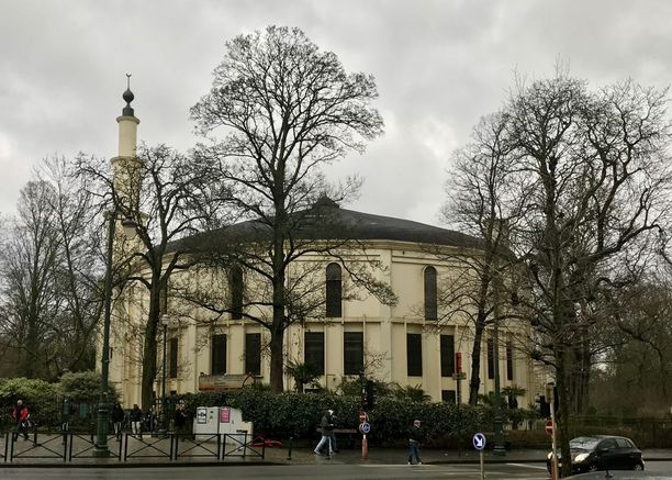Saudi-Arabia on sopinut Belgian hallituksen kanssa luopuvansa Brysselin suurmoskeijasta. Maa kuitenkin rahoittaa moskeijan toimintaa vielä kevääseen 2019 saakka.