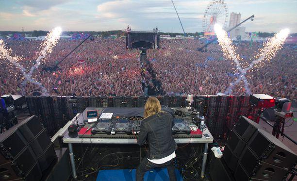 David Guetta oli Weekend Festivalin pääesiintyjä.