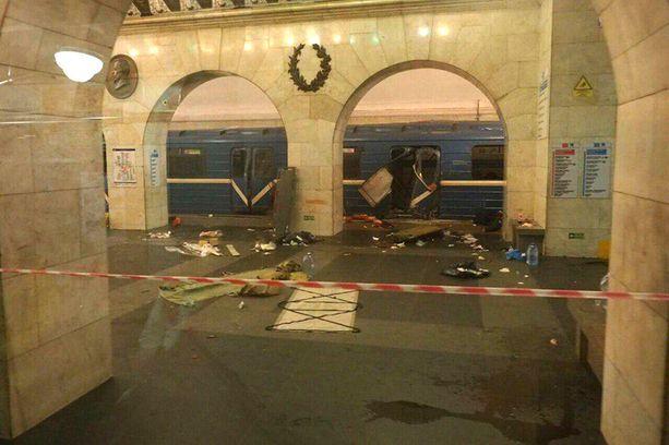 Pietarin metrossa tapahtui tuhoisa terrori-isku vain muutama päivä ennen Tukholmaa. Molemmissa iskuissa on todennäköisiä kytköksiä terroristijärjestö Isisiin.