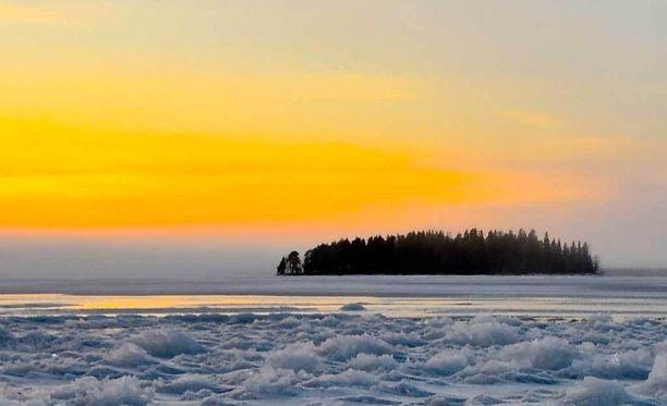 Tiistaina sää kylmenee reilusti koko maassa.