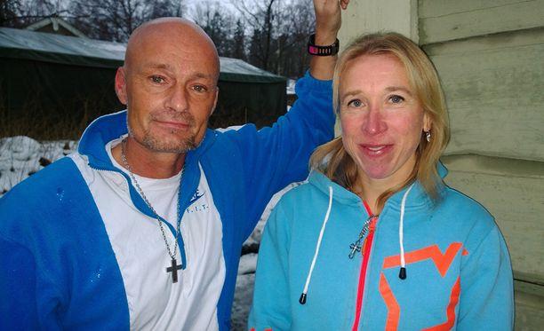 Mika ja Annemari Kiekara avioituivat kesällä.
