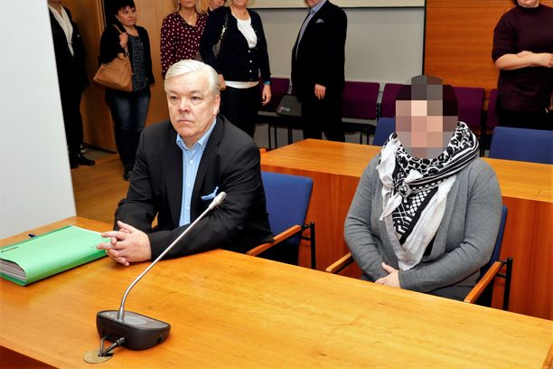 Käräjäoikeus tuomitsi naisen maksamaan kunnalle vahingonkorvausta huimat 120000 euroa. Kuva käräjäoikeudesta.
