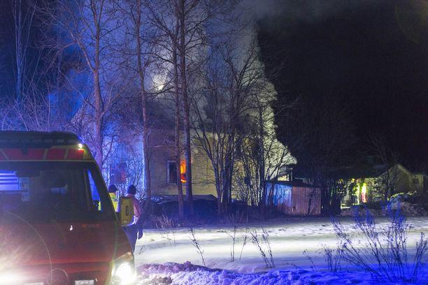 Rintamamiestalo paloi Kotkassa tiistain ja keskiviikon välisenä yönä.
