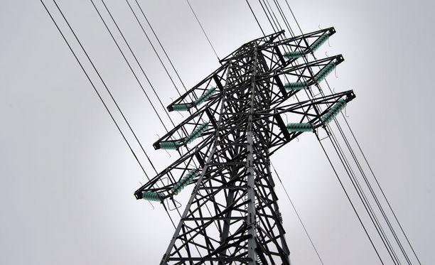 Elenia nostaa sähkön siirtohintoja huhtikuun alussa.