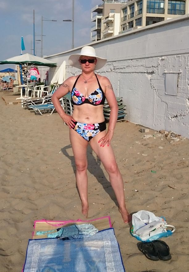 Susanna, 49