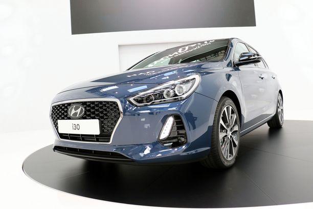Aivan uusi Hyundain keulan ilme nähdään ensi kerran tässä i30:sessä.