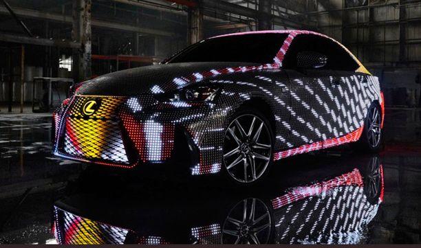Lexus on ledfriikin toteutunut unelma - liki 42 000 lediä.