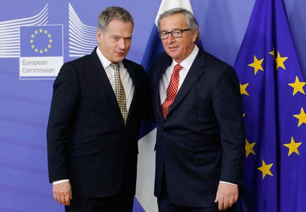 Presidentti Sauli Niinistö tapasi EU-komission puheenjohtajan Jean-Claude Junckerin Brysselissä.