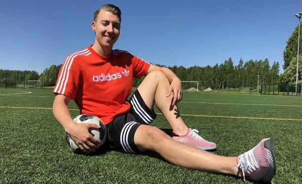 Ilaripro tuntee hyvin Leppävaaran urheilupuiston jalkapallokentät.