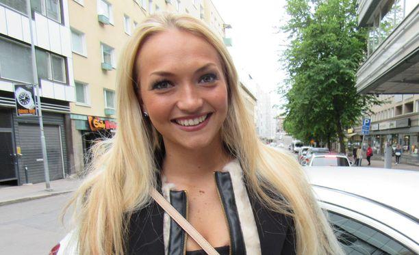 Maija Kerisalmi viettää kesää Tampereella.