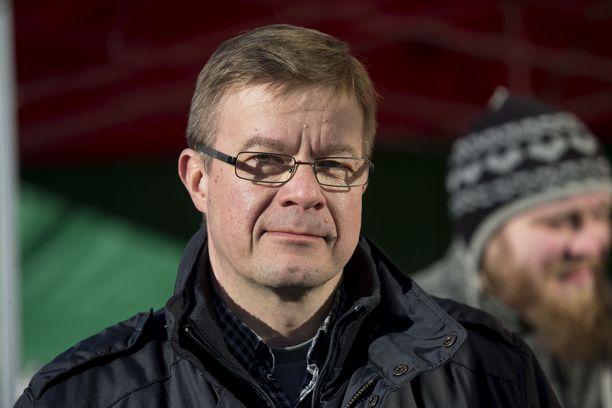 Keskustan kansanedustaja Antti Rantakangas on kuollut.