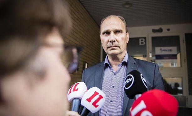 Tutkinnanjohtaja Olli Töyräs aikoo tiedottaa esitutkinnasta ensi viikolla.